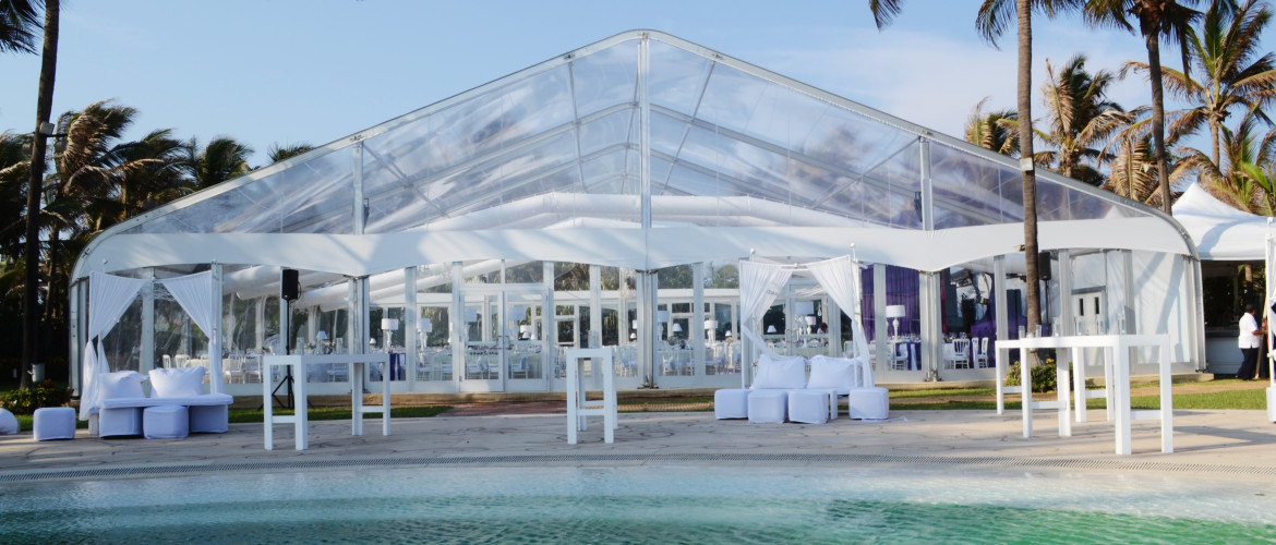 Outside Fastrack 062 clear tent with glass walls at mexican resort on the beach.